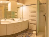 Mespoulet---Salle-de-bain---Hendaye-Tourisme--1-sur-1-