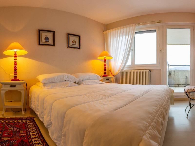 Mespoulet---Chambre---Hendaye-Tourisme--1-sur-1-